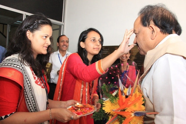 Visit of Dr. Harsh Vardhan_7